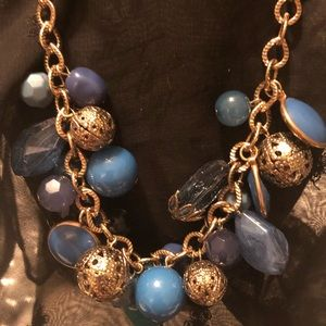 ❤️🥰NWT Beautiful teal beads with gold